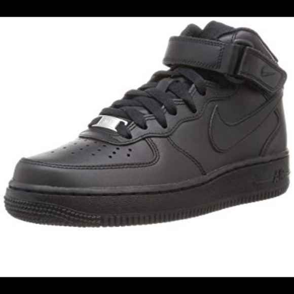 Nike Air Force 1 High Utility. BLK 8.5 womens